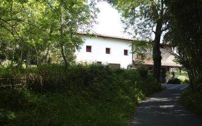 Caserío pareado en Semisarga